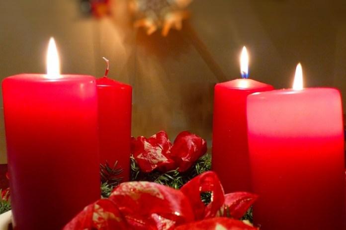 Corona de adviento: Colores de las velas y significado