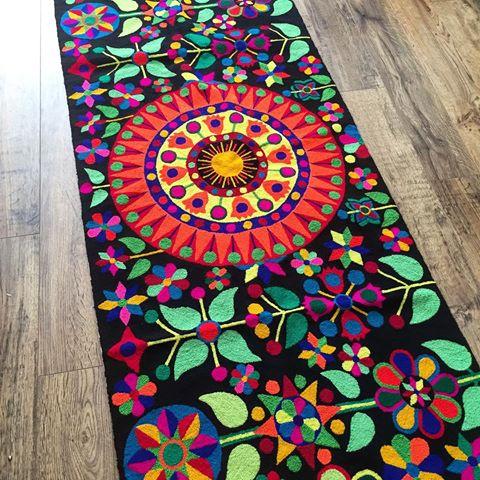 Mandalas textiles para decorar alfombras