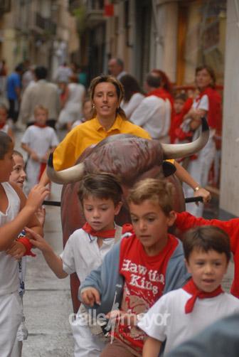 06-08-07-fiestas-de-estella-calle-mayor-comunicacion-y-publicidad (11)