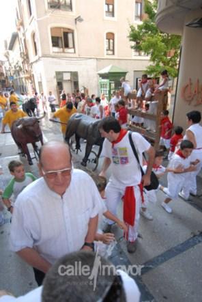 06-08-09-fiestas-de-estella-calle-mayor-comunicacion-y-publicidad (9)