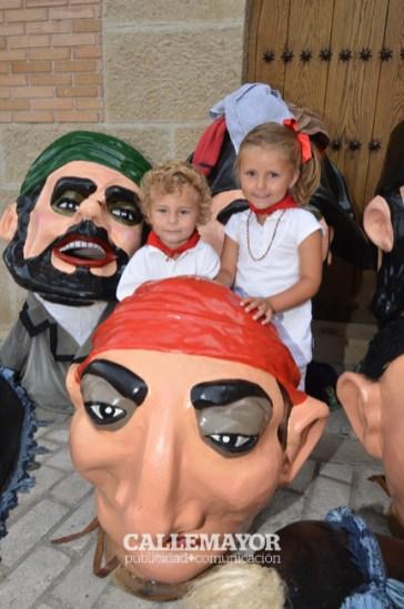 12-08-05 - fiestas de estella - calle mayor comunicacion y publicidad (20)