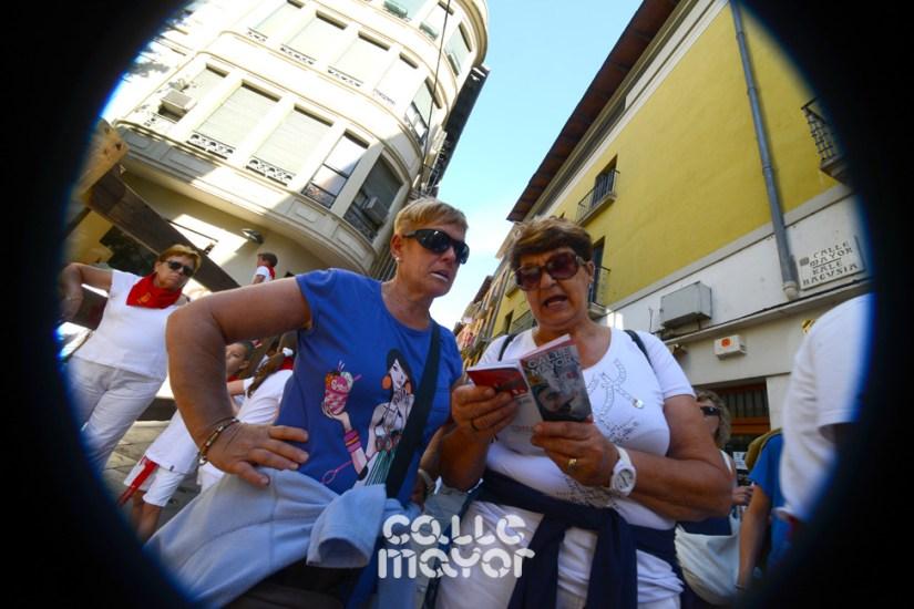 13-08-05 - fiestas de estella - calle mayor comunicacion y publicidad (19)