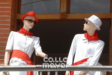 14-08-03-fiestas-de-estella-calle-mayor-comunicacion-y-publicidad-032