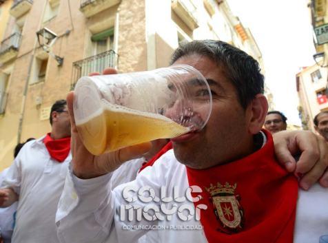 14-08-03-fiestas-de-estella-calle-mayor-comunicacion-y-publicidad-082