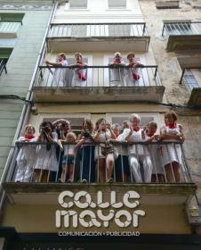 14-08-03-fiestas-de-estella-calle-mayor-comunicacion-y-publicidad-088