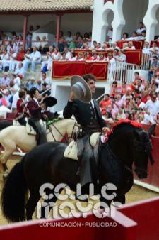 14-08-03-fiestas-de-estella-calle-mayor-comunicacion-y-publicidad-096