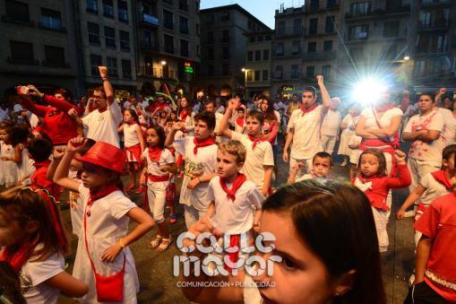14-08-03-fiestas-de-estella-calle-mayor-comunicacion-y-publicidad-200