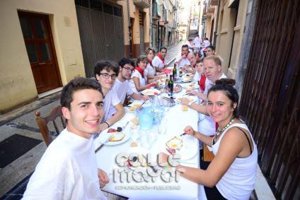 14-08-03-fiestas-de-estella-calle-mayor-comunicacion-y-publicidad-261
