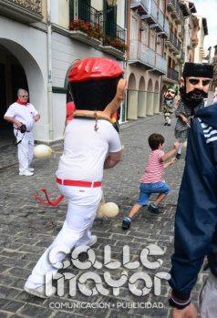 14-08-04-fiestas-de-estella-calle-mayor-comunicacion-y-publicidad-050