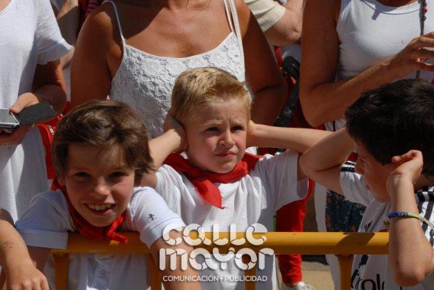 14-08-05-fiestas-de-estella-calle-mayor-comunicacion-y-publicidad-021