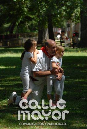 14-08-05-fiestas-de-estella-calle-mayor-comunicacion-y-publicidad-043