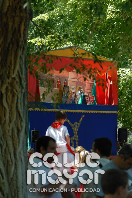 14-08-05-fiestas-de-estella-calle-mayor-comunicacion-y-publicidad-046