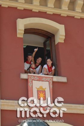 14-08-05-fiestas-de-estella-calle-mayor-comunicacion-y-publicidad-095