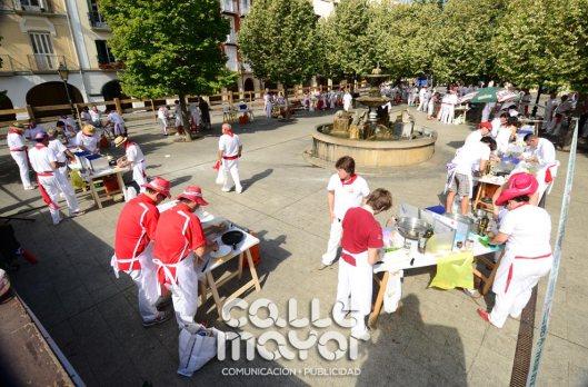 14-08-07-fiestas-de-estella-calle-mayor-comunicacion-y-publicidad-029