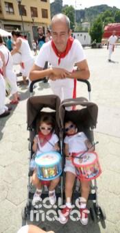 15-08-03-fiestas-de-estella-calle-mayor-comunicacion-y-publicidad-(103)