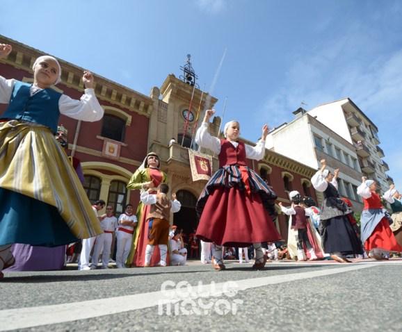 15-08-04-fiestas-de-estella-calle-mayor-comunicacion-y-publicidad-(81)