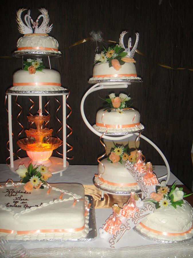 Pasteles de boda  Fiestas y pasteles