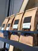 De granola van Bakkerij Vreugdenhil eens proberen — bij Bakkerij Vreugdenhil.