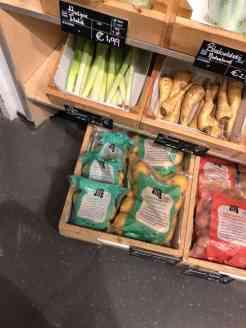 Even bij de Biefit Gezondheidswinkel een klein zakje aardappels halen — bij Biefit Gezondheidswinkel.
