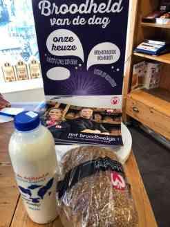 Even bij Bakkerij van Malkenhorst puur speltbrood en melk van DelflandseZuivel halen — bij Bakkerij van Malkenhorst.