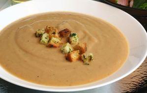 Σούπα με κάστανα και μανιτάρια
