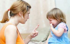 Οι ξυλιές στον ποπό και τα χέρια του παιδιού απαγορεύονται! Μάθε το λόγο