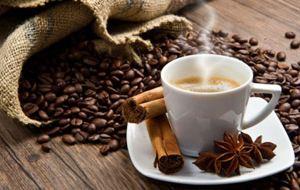 Γεμίστε τις κούπες: Ο καφές παρατείνει τη ζωή!