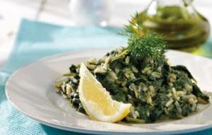 Read more about the article Φτιάξτε το σπανακόρυζο του Άκη Πετρετζίκη