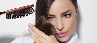 Read more about the article Θαυματουργή μάσκα μαλλιών για την καταπολέμηση της ψαλίδας
