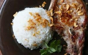 Χοιρινές μπριζόλες με ρύζι