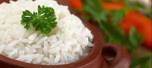 Read more about the article Γιατί δεν πρέπει να τρώτε  ρύζι  από την προηγούμενη ημέρα