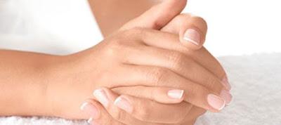 Για ποιους λόγους κιτρινίζουν τα νύχια μας