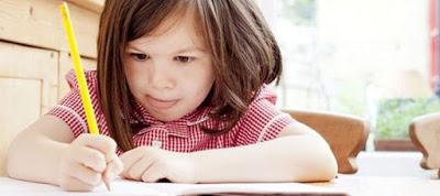 Πώς να μάθουμε το παιδί να μελετά μόνο του