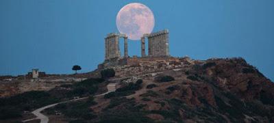 Ερχεται το «Σούπερ Μπλε Ματωμένο Φεγγάρι»- Συμβαίνει μία φορά στα 150 χρόνια.(Live μετάδοση από την NASA)