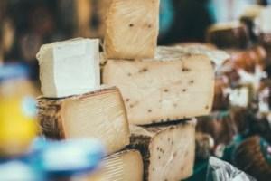 Να τι θα πάθει η καρδιά σας αν τρώτε τυρί κάθε ημέρα