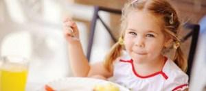 Τα λάθη που κάνουν οι γονείς με τη διατροφή του παιδιού