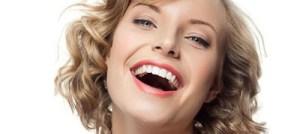 Οι γυναίκες με πολλά παιδιά έχουν μεγαλύτερο κίνδυνο να χάσουν τα δόντια τους