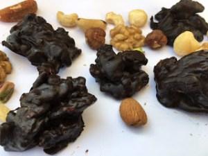 Βραχάκια ξηρών καρπών με Κακάο