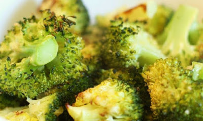 Read more about the article Συνταγή για μπρόκολο με σκόρδο στο φούρνο