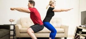 Ασκήσεις για να κάνετε… από τον καναπέ