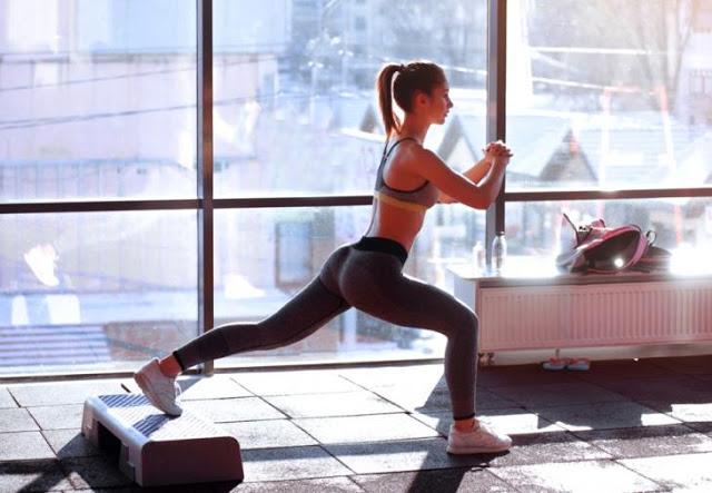 Read more about the article Τα 4 λεπτά άσκησης που «ισοφαρίζουν» σε κάψιμο θερμίδων μία ώρα στο γυμναστήριο