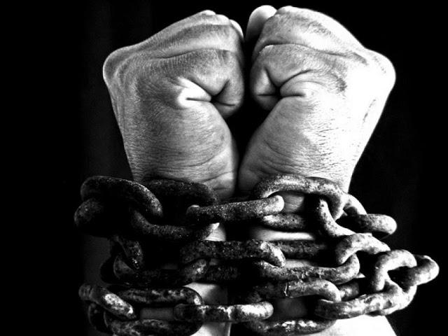 Οικονομική σκλαβιά και πνευματική ελευθερία