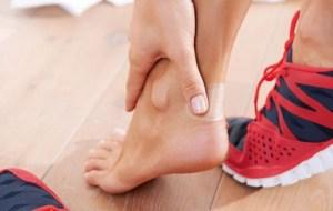 Φουσκάλες στα πόδια; Δείτε τι να κάνετε για άμεση ανακούφιση