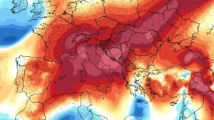 Μεγαλύτερη ζέστη από το κανονικό αναμένεται αυτό το καλοκαίρι σε ΝΑ Ευρώπη – Μεσόγειο