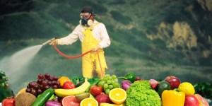 Φρούτα και λαχανικά που είναι γεμάτα φυτοφάρμακα