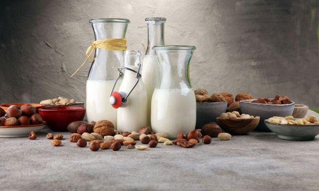 Γάλατα φυτικής προέλευσης: Τα υπέρ, τα κατά & η θρεπτική αξία τους