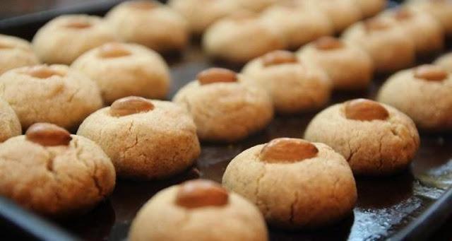 Read more about the article Συνταγή: Μπισκότα βουτύρου με αμύγδαλα και μέλι