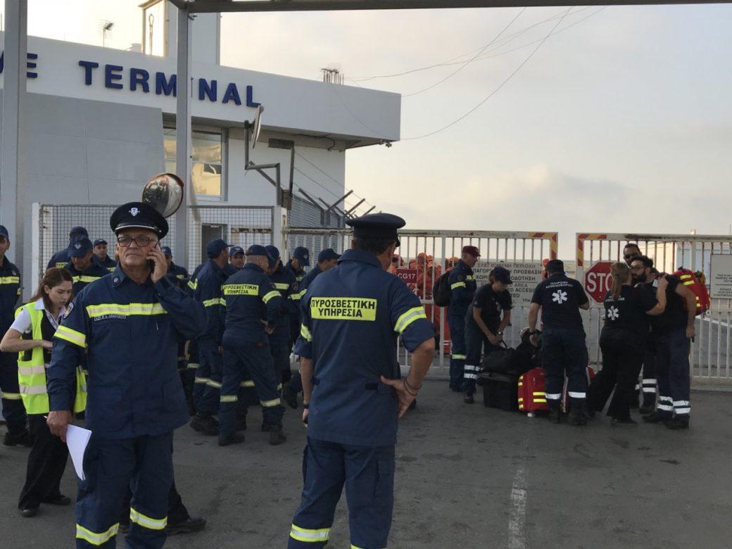 Πρόσθεσε ότι στην αποστολή «προστέθηκαν και τέσσερα άτομα διασώστες και νοσηλευτές της Υπηρεσίας Ασθενοφόρων