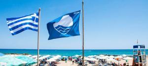 Read more about the article Απέσυραν όλες τις γαλάζιες σημαίες από τη Ζάκυνθο λόγω λυμάτων