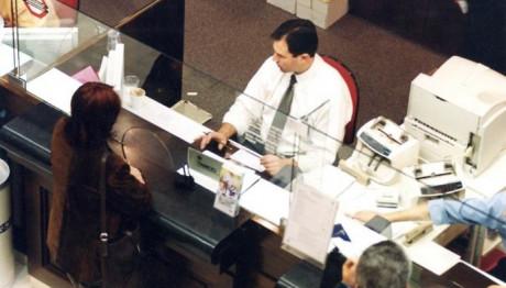 Read more about the article Κοινωνικό μέρισμα: Μέχρι 900 ευρώ φέτος σε εκατομμύρια δικαιούχους